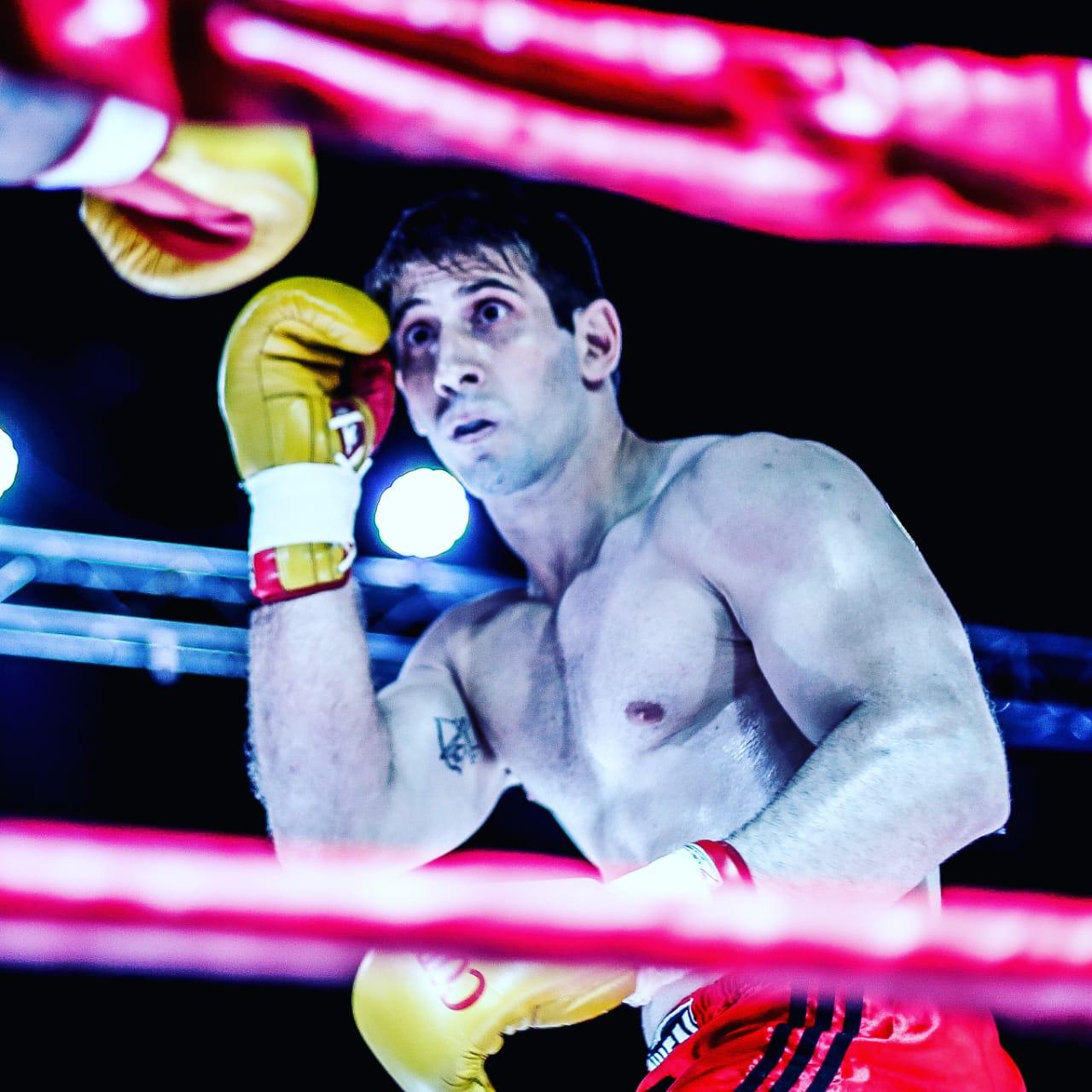 La pelea Muñoz – Peralta fue postergada. El sampedrino dio positivo de Covid-19