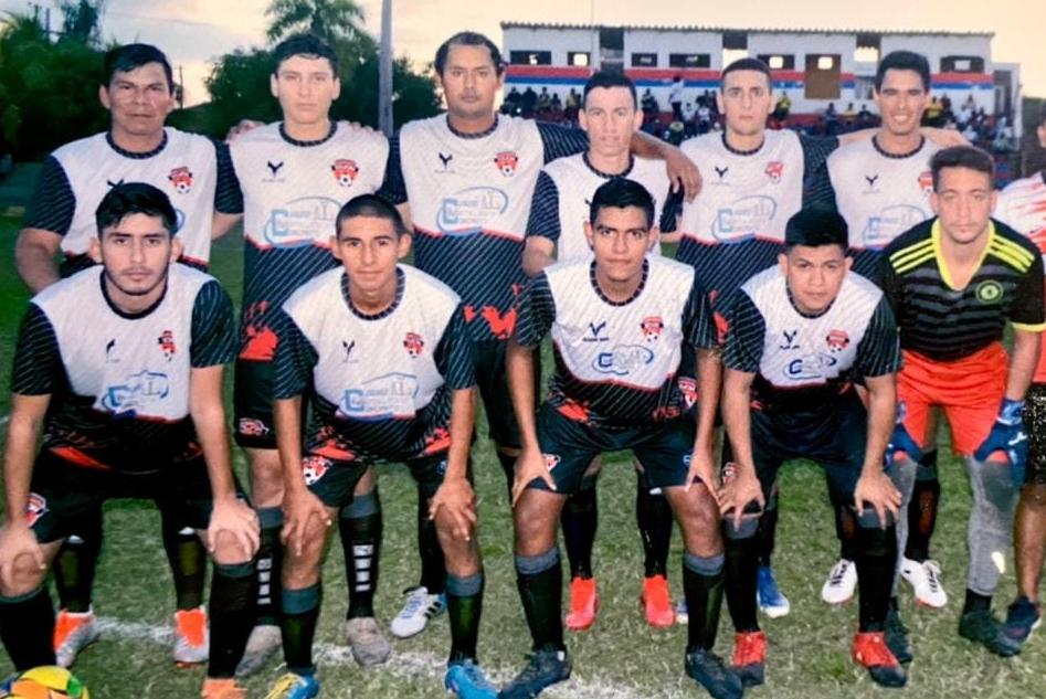 Tres goles de Gastón Medina en Bolivia
