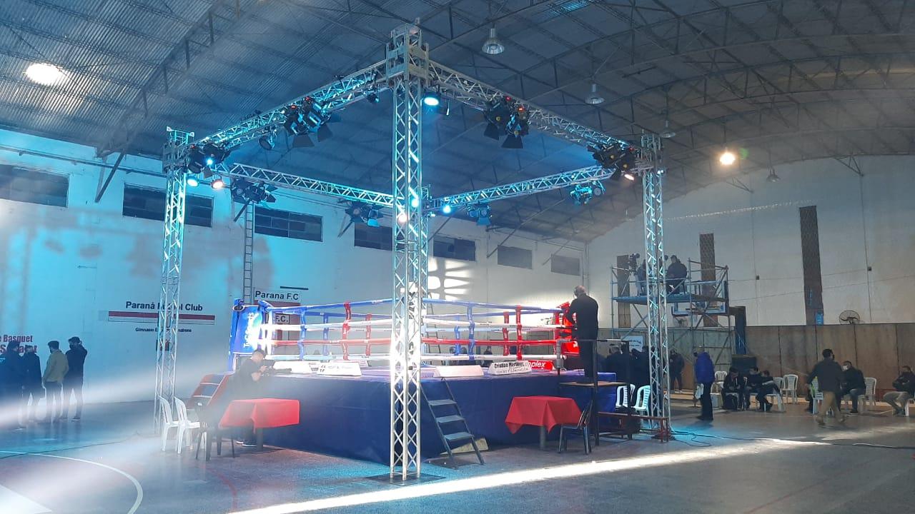 Lee más sobre el artículo Boxeo en San Pedro: la primera vez en vivo por TV para el mundo