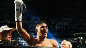 Lee más sobre el artículo El argentino Brian Castaño ya tiene retador por el título superwelter de la OMB