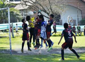 Lee más sobre el artículo Fútbol Infantil: la fecha 4 se pone en marcha
