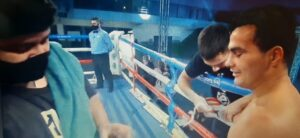 Lee más sobre el artículo Boxeo: Miguel «Chuky» Correa metió el triunfo más importante de su carrera. Mirá la definición