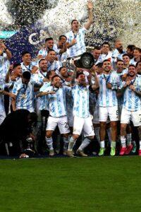 Lee más sobre el artículo Con tres de Messi, Argentina volvió a golear