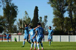 Lee más sobre el artículo Con gol de Fernando «Piti» Gómez, CADU volvió al triunfo