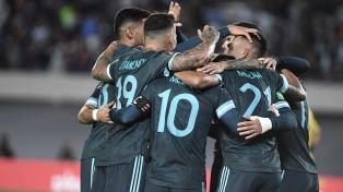 Lee más sobre el artículo La Selección Argentina venció 1 a 0 a Perú y se afianza en la búsqueda de la clasificación para Qatar 2022